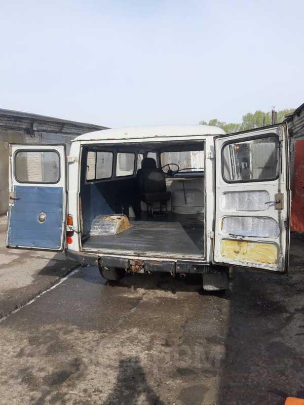 УАЗ Буханка, 2004 год, 165 000 руб.