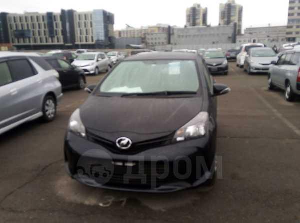 Toyota Vitz, 2015 год, 535 000 руб.
