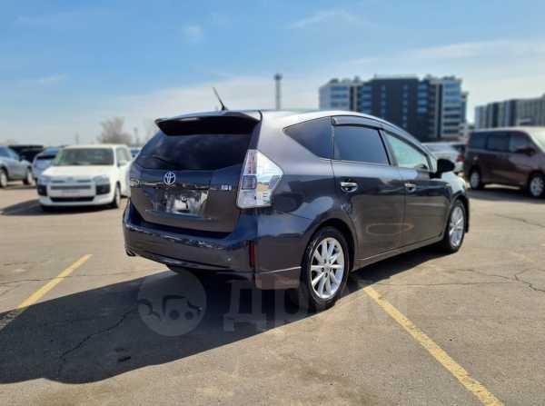 Toyota Prius a, 2012 год, 925 000 руб.