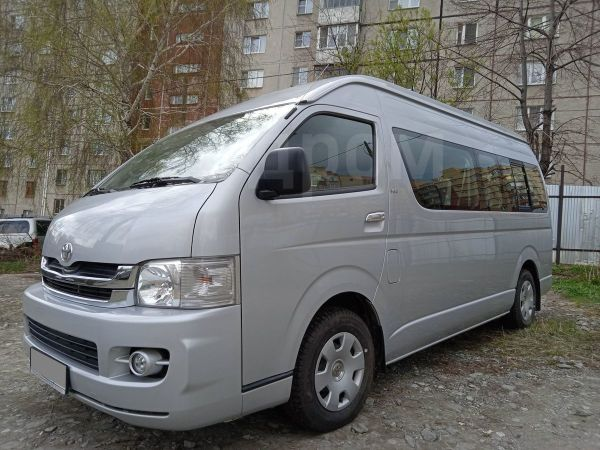 Toyota Hiace, 2008 год, 1 990 000 руб.