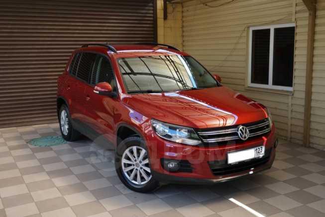 Volkswagen Tiguan, 2013 год, 636 000 руб.
