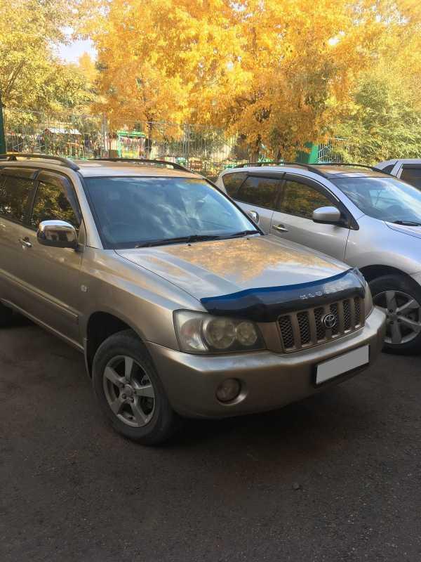 Toyota Kluger V, 2001 год, 565 000 руб.