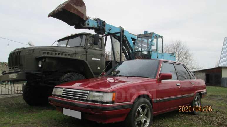 Toyota Camry, 1984 год, 320 000 руб.