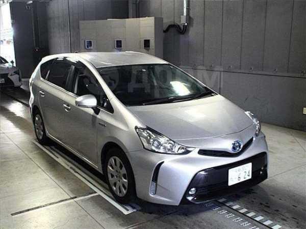 Toyota Prius a, 2015 год, 960 000 руб.