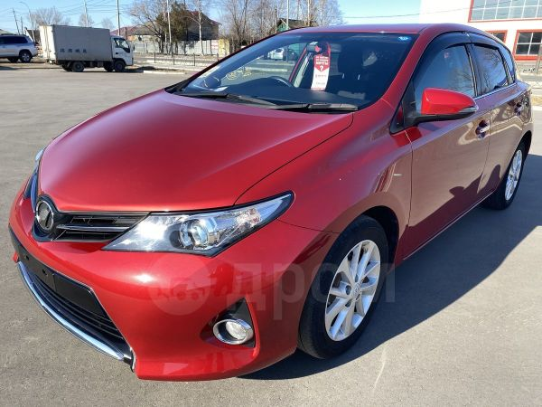 Toyota Auris, 2015 год, 780 000 руб.
