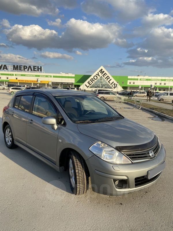 Nissan Tiida, 2010 год, 525 000 руб.