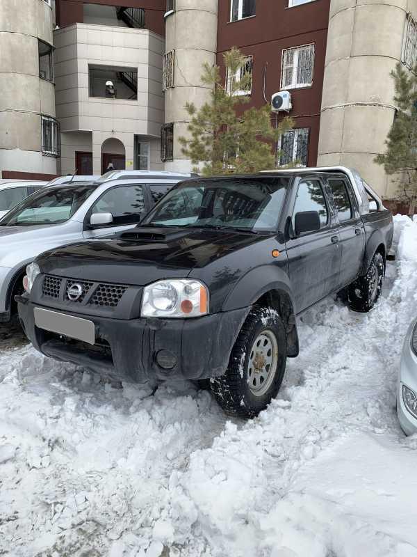 Nissan NP300, 2012 год, 680 000 руб.