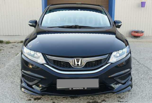 Honda Jade, 2015 год, 1 040 000 руб.