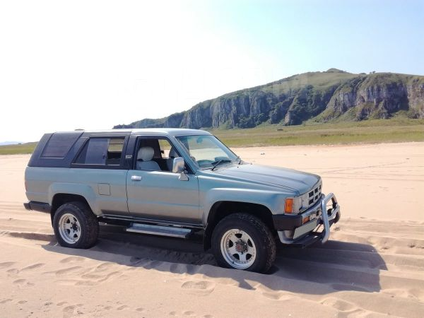 Toyota Hilux Surf, 1988 год, 349 000 руб.