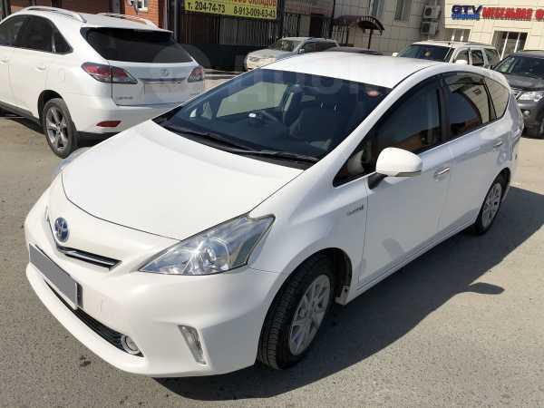 Toyota Prius a, 2013 год, 945 000 руб.