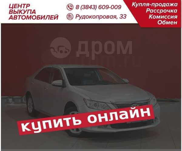 Toyota Camry, 2011 год, 989 900 руб.
