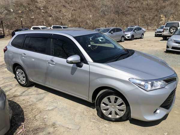 Toyota Corolla Fielder, 2015 год, 695 000 руб.