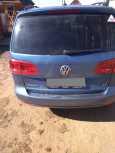 Volkswagen Touran, 2014 год, 600 000 руб.