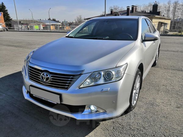 Toyota Camry, 2012 год, 1 049 000 руб.