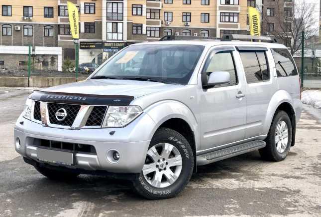 Nissan Pathfinder, 2007 год, 790 000 руб.