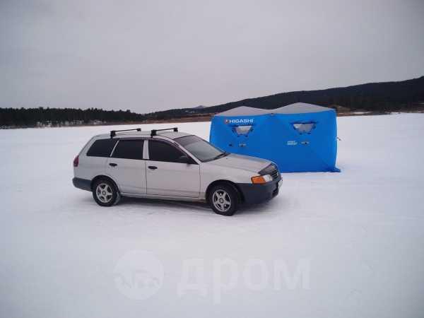 Nissan AD, 2003 год, 195 000 руб.