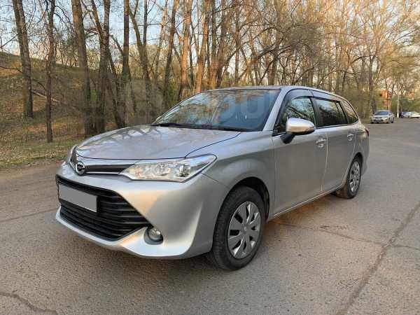 Toyota Corolla Fielder, 2016 год, 717 000 руб.