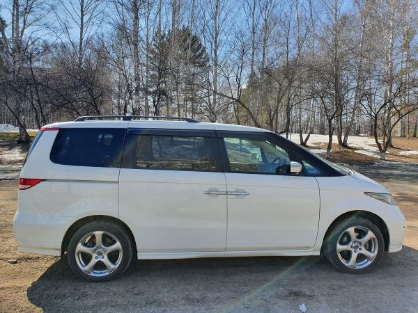 Honda Elysion, 2005 год, 415 000 руб.