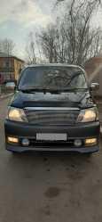 Toyota Grand Hiace, 2002 год, 395 000 руб.