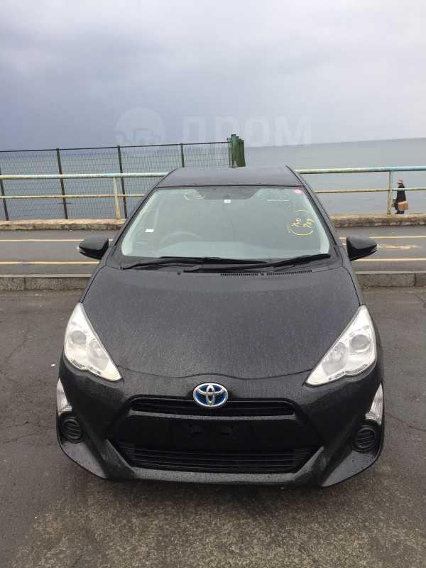 Toyota Aqua, 2015 год, 570 000 руб.