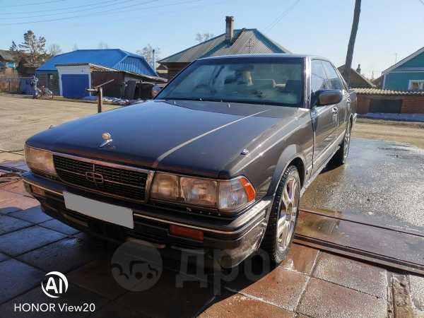 Nissan Gloria, 1990 год, 140 000 руб.