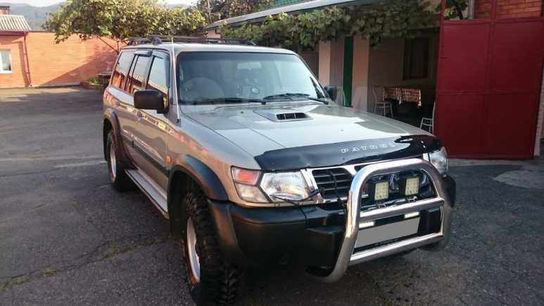 Nissan Patrol, 2000 год, 600 000 руб.