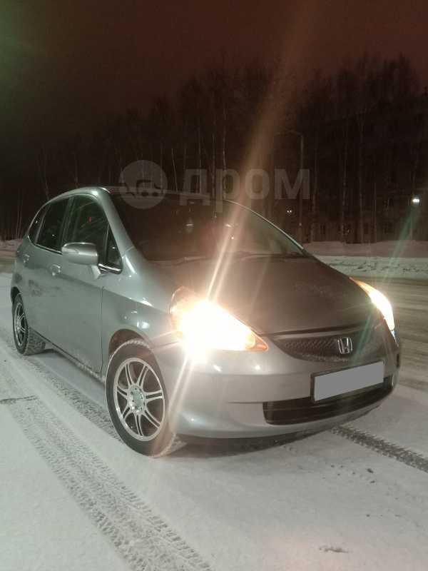Honda Fit, 2005 год, 319 000 руб.