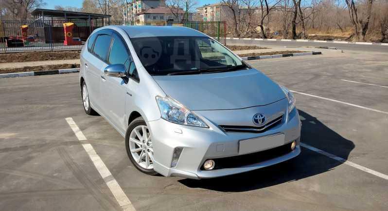 Toyota Prius a, 2012 год, 865 000 руб.