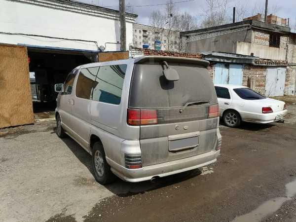 Nissan Elgrand, 2000 год, 295 000 руб.