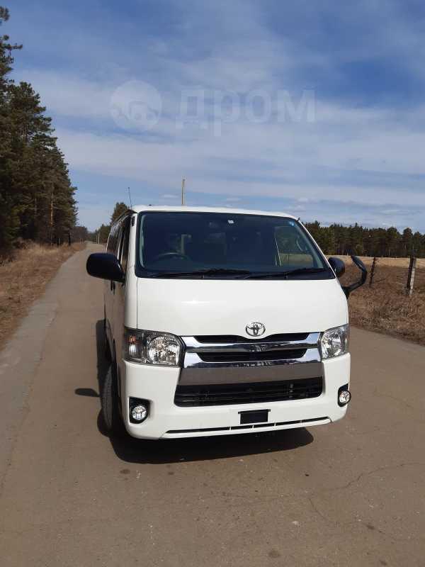 Toyota Hiace, 2014 год, 1 665 000 руб.