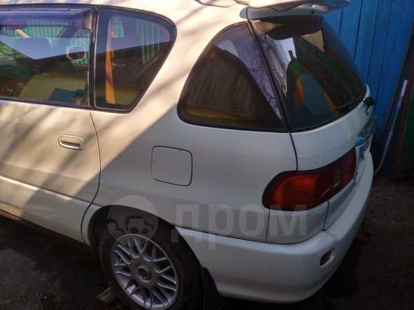 Toyota Ipsum, 1999 год, 215 000 руб.