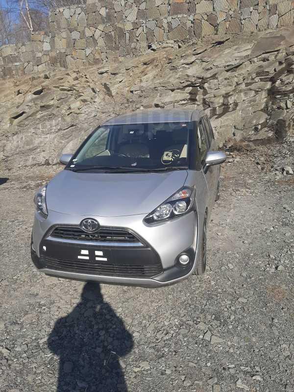 Toyota Sienta, 2018 год, 830 000 руб.
