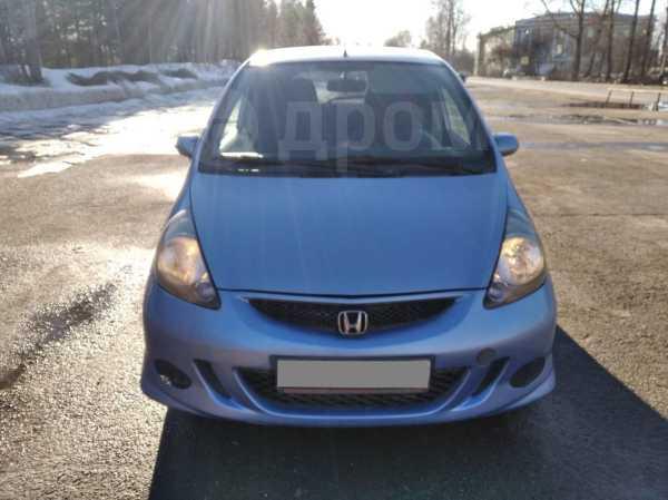 Honda Jazz, 2003 год, 265 000 руб.