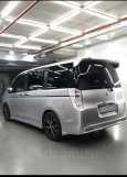 Honda Stepwgn, 2011 год, 900 000 руб.