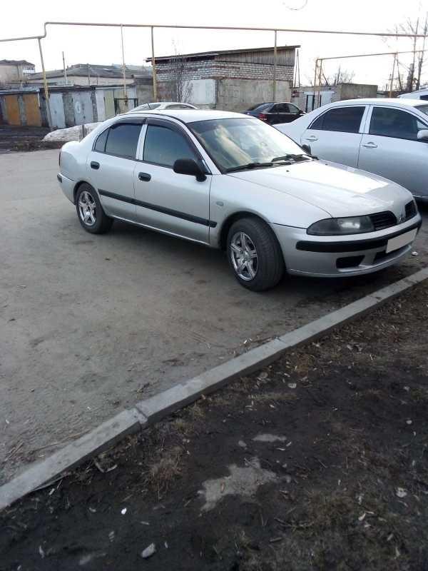 Mitsubishi Carisma, 2001 год, 145 000 руб.