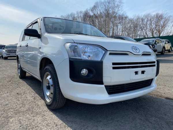 Toyota Probox, 2016 год, 665 000 руб.