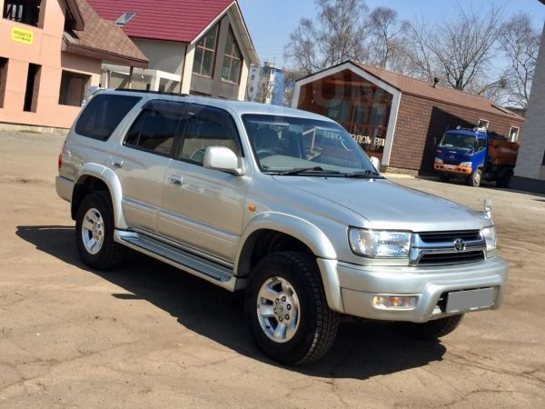 Toyota Hilux Surf, 2000 год, 780 000 руб.