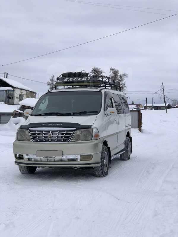 Toyota Hiace, 2000 год, 600 000 руб.