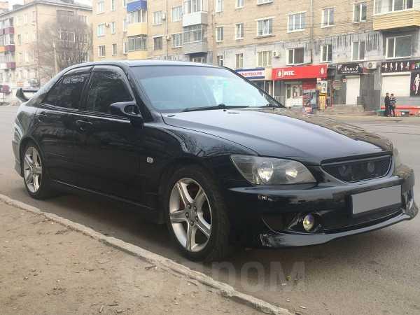 Toyota Altezza, 2000 год, 569 999 руб.