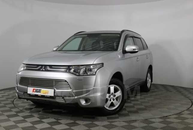 Mitsubishi Outlander, 2013 год, 870 000 руб.