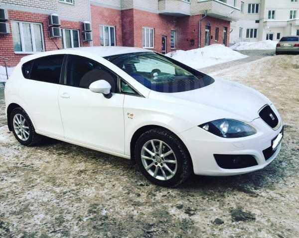 SEAT Leon, 2011 год, 405 000 руб.