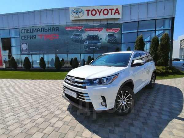 Toyota Highlander, 2019 год, 3 988 000 руб.