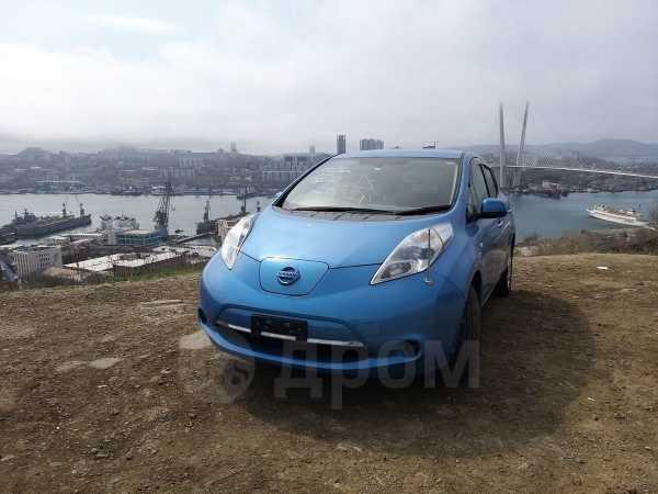 Nissan Leaf, 2011 год, 220 000 руб.