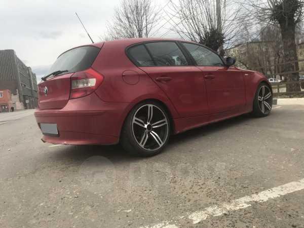BMW 1-Series, 2007 год, 290 000 руб.