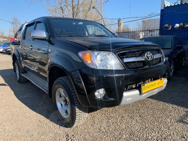 Toyota Hilux Pick Up, 2007 год, 689 000 руб.
