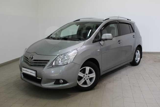 Toyota Verso, 2011 год, 725 000 руб.