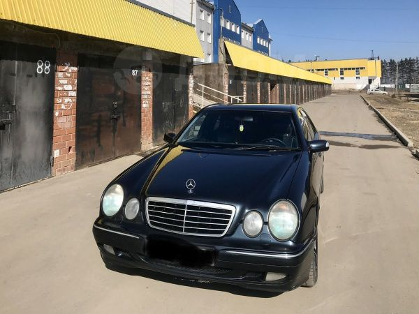 Mercedes-Benz E-Class, 2001 год, 280 000 руб.