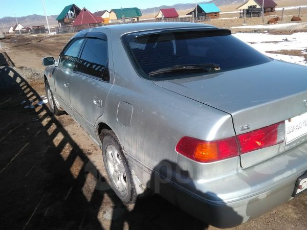 Toyota Camry, 2000 год, 275 000 руб.