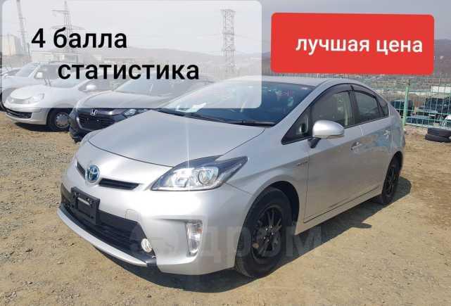 Toyota Prius, 2014 год, 976 000 руб.