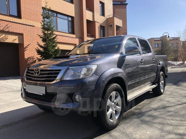 Toyota Hilux Pick Up, 2012 год, 1 280 000 руб.